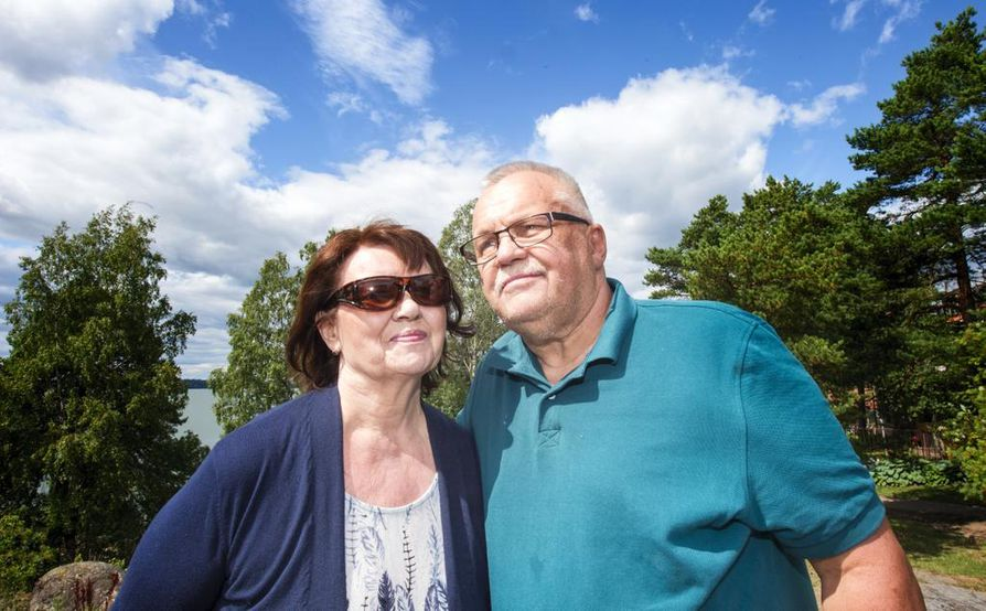 Molemminpuolinen luottamus ja kunnioitus pitää olla kunnossa, jotta omaishoitajasuhde puolison kanssa toimii, kertovat Jouko Taipale ja Ritva Soininen. Tänä kesänä muistisairaan Taipaleen ja Soinisen roolit vaihtuivat, kun Soininen joutui autettavaksi. Yhdessä he auttavat myös Taipaleen Alzheimeria sairastavaa äitiä.
