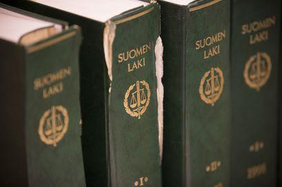 Oulun käräjäoikeus tuomitsi äidin lapsensa pahoinpitelystä – 11-vuotiasta tukistettiin ja hänet lukittiin ulos ilman vaatteita lokakuussa