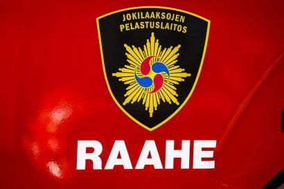 Ulosajo Raahessa – auto pyörähti katolleen