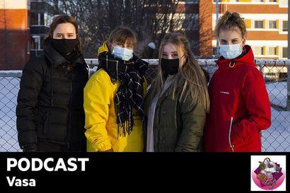 """Kuuntele Vasan podcast: Ulkonäköpaineet syntyvät jo lapsena: """"Ala-asteella meidän luokan tytöt meni riviin, ja sitten katsottiin, kuka on laihin"""""""