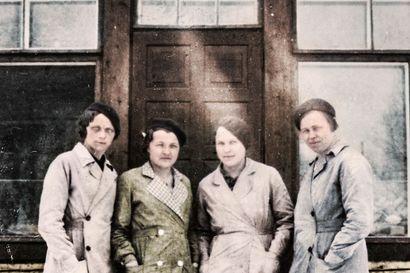 Talouskaupan Siirin, Martan, Maijan ja Taimin elämä 1920-luvulla ei ollut mustavalkoista ja nyt sen näkee myös kuvista – Katso kuinka väritetyt kuvat jopa sadan vuoden takaa tuovat menneisyyden lähemmäksi