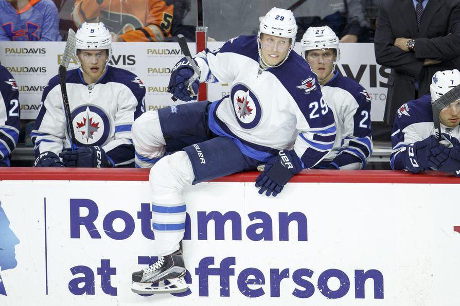 Winnipegin Patrik Laine on nostanut kauden maalimääränsä 40:een NHL-jääkiekossa. Laine osui Philadelphiaa vastaan ylivoimalla ennen päätöserän puoliväliä. Arkistokuva.