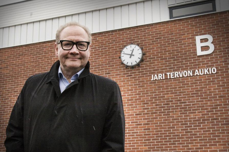 Jari Tervo ystävystyi Vesa-Matti Loirin kanssa kirjaprojektin aikana.