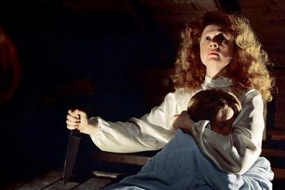 Norman Batesia seuraa kaikkivaltiaan äidin varjo ja Carrieta uskonnollinen fanatismi – Elokuvissa äidin kasvot eivät aina ole aurinkoiset