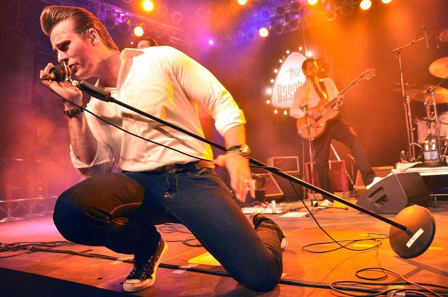 The Baseballs on levyttänyt muun muassa suomalaisduo Nylon Beatin kappaleen Last in Line (suom. Viimeinen).