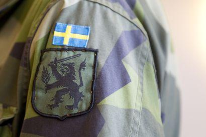 Ruotsin päätös vahvistaa puolustustaan lisää myös Suomen turvallisuutta