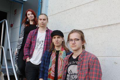 Onko Torniossa Suomen suurin bändikämppä? – 1500 neliön salissa on tilaa treenata