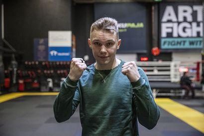 Aku Kanniselle uran yhdeksäs voitto Savonlinnan nyrkkeilyillassa