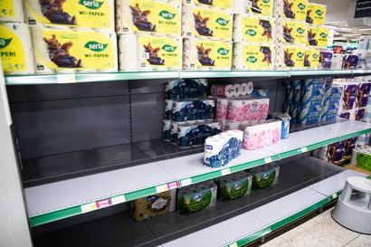 Suomen suurin wc-paperitehdas ajaa koneet kuumina – päivässä rullat kaupan hyllyllä