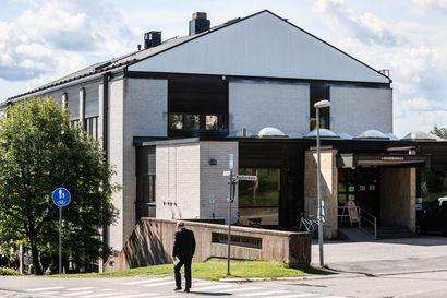 Rovaniemen seurakuntakeskuksessa alkaa iso remontti –Evakossa ei voi järjestää häitä tai muistotilaisuuksia