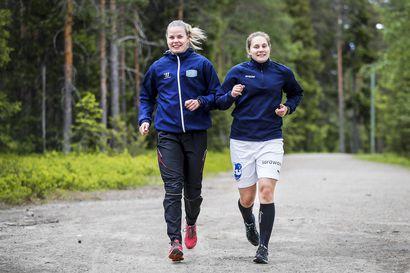 Lappilaiskiekkoilijat Aino Karppinen ja Sini Karjalainen MM-kisajoukkueeseen – Naisleijonissa kahdeksan ensikertalaista