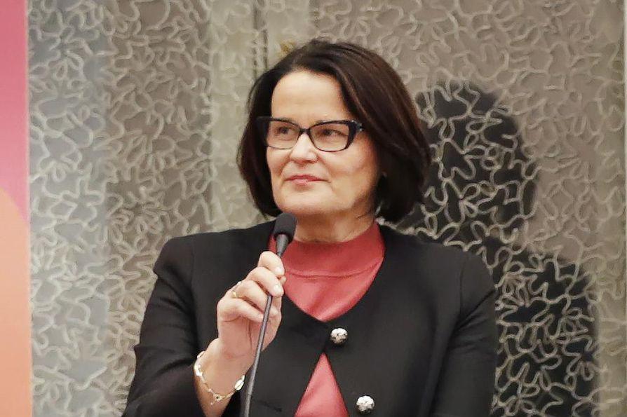 Oulun kaupunginjohtaja Päivi Laajala on mukana kannanoton allekirjoittaneiden johtajien joukossa.