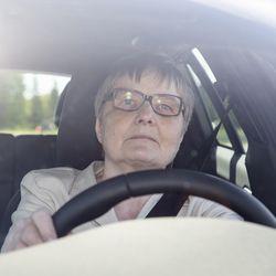 Ajoterveys haaste ikäkuljettajille ja lääkäreille