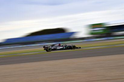 Hamilton nopein Silverstonen harjoituksissa, Bottas toinen