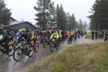 Saariselkä MTB Stages-maastopyörätapahtuma alkuperäisenä ajankohtana elokuussa