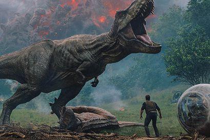 Päivän leffapoiminnat: Dinosaurukset kaipaavat pelastajaa Jurassic Parkin raikulihenkisessä jatko-osassa