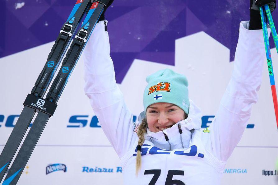 Anita Korva tuuletti tämän vuoden tammikuussa kolmea nuorten MM-mitalia. Kesästä asti urheilu-uraa on vaikeuttanut armeija.