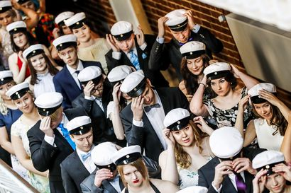 Lukiot voivat järjestää kevään ylioppilasjuhlat Rovaniemellä tietyin ehdoin – yhteislaulua ei suositella, lakituksessa ei kätellä eikä yleisöä päästetä paikalle
