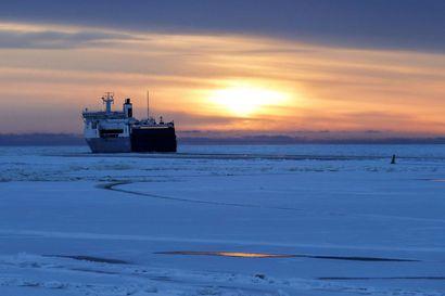 Asiantuntijat: Perämeren jäälle ei vielä asiaa –sisävesilläkin jään kantavuus voi vaihdella rajusti
