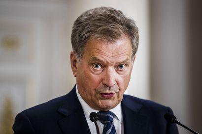 Presidentti Sauli Niinistö puhui Maanpuolustuskurssiyhdistyksen tilaisuudessa – Kaleva näytti puheen suorana