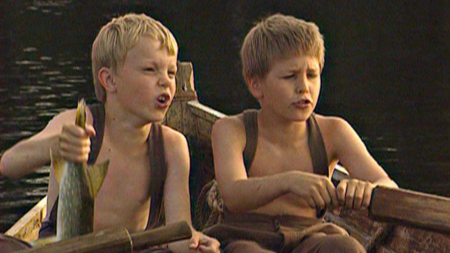 Sami Sainio ja Olli Metso ovat pääosissa lastensarjassa Fallesmannin Arvo ja minä.