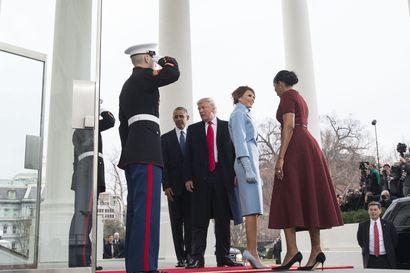 Mikä vei republikaanit Donald Trumpin tielle? Barack Obama kuvaa muistelmissaan käänteet, jotka käänsivät republikaanit puolueen nykylinjalle