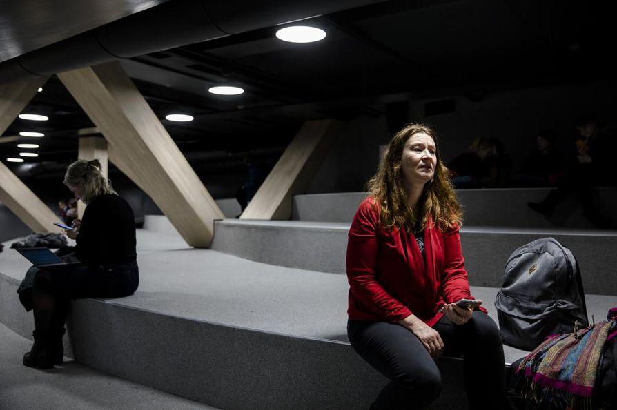 Leena Vanhamäki sanoo, että pahimpia tilanteita ovat ne, kun työhaastattelussa jää kakkoseksi.
