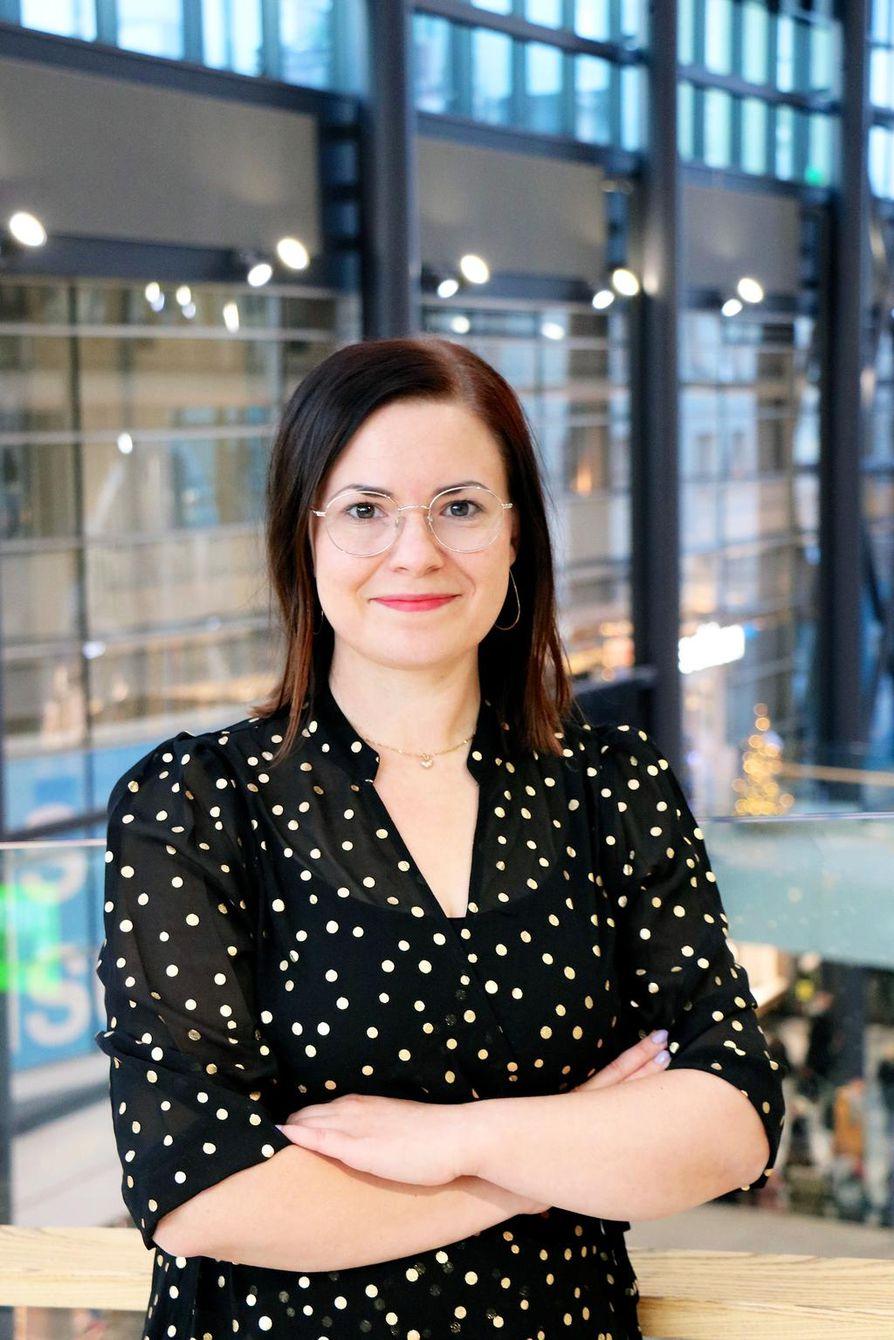 Sanna Salon omat yrityskuviot ovat jääneet nyt taka-alalle, sillä hän aloitti Pohjois-Pohjanmaan Yrityskylän aluepäällikkönä syyskuussa.