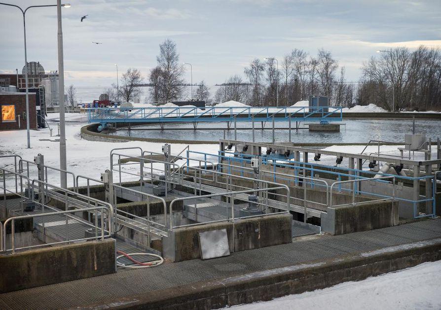 Jätevedestä halutaan kehittää uusia lannoitteita. Kuvituskuva Taskilan jätevedenpuhdistamosta.
