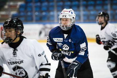 """""""Pystyimme antamaan kunnon vastuksen"""" – Naisten Liigan ennakkosuosikkeihin lukeutuva KalPa kukisti avausottelussa RoKin"""