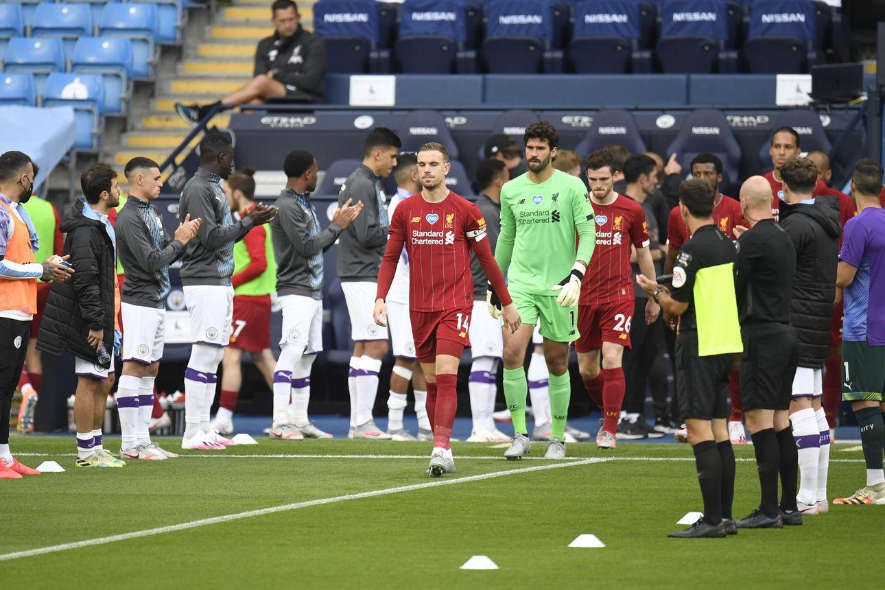 Manchester City ravisteli mestareita – Neljän maalin murskatappio viilensi Liverpoolin juhlatunnelmia