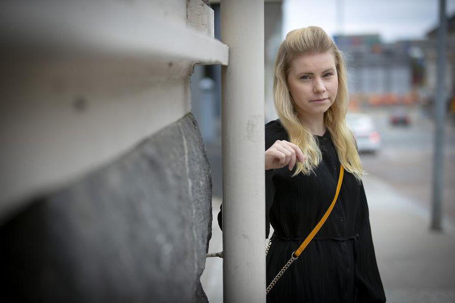 Jenna Simula (ps.) nousi kansanedustajaksi toimittuaan kahdeksan vuotta Olli Immosen eduskunta-avustajana. Simula kertoo Immosen olevan edelleen lähin yhteistyökumppani politiikassa.