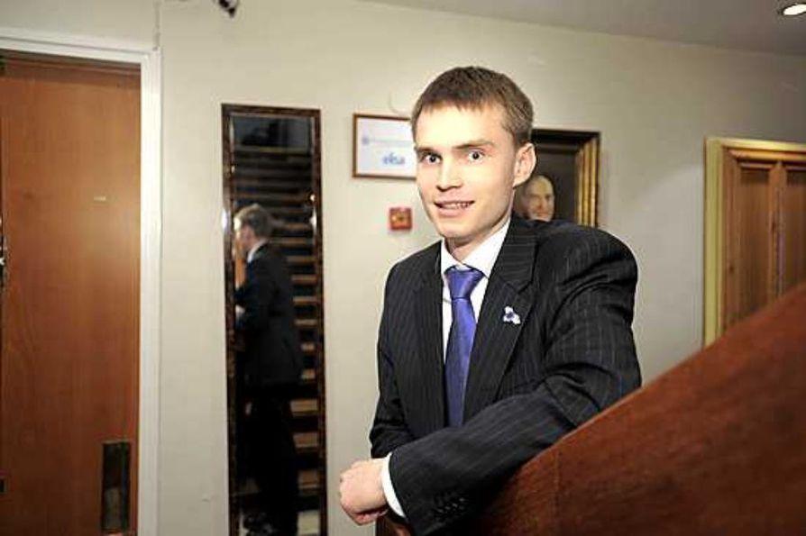 24-vuotias Heikki Autto on nousemassa Rovaniemen kaupunginvaltuuston puheenjohtajaksi.