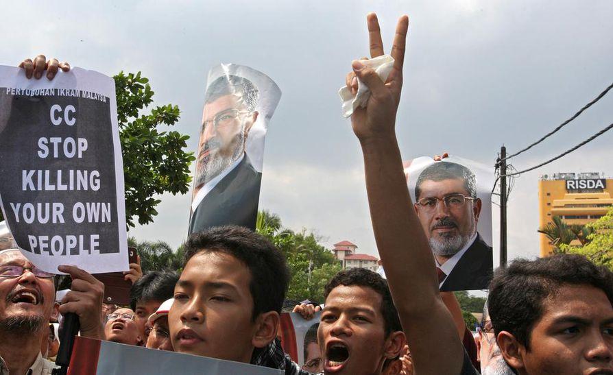 Muslimi veljeskunnan kannattajien mielenosoitukset ovat jatkuneet.