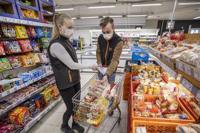 Kyläkauppiaalla huoli, vaikuttaako sairastuminen pitkään asiakkaiden käyttäytymiseen –kauppias sai tartunnan päiväkodissa virukselle altistuneelta lapseltaan