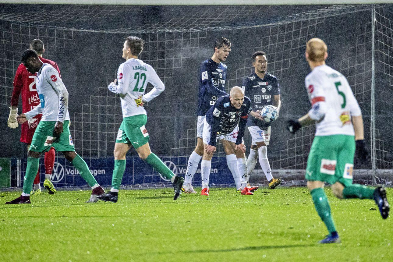 Analyysi: AC Oulun värikäs ja heilahteleva kausi on jatkumassa lumirajalle, liigakarsintaan marraskuun puolelle