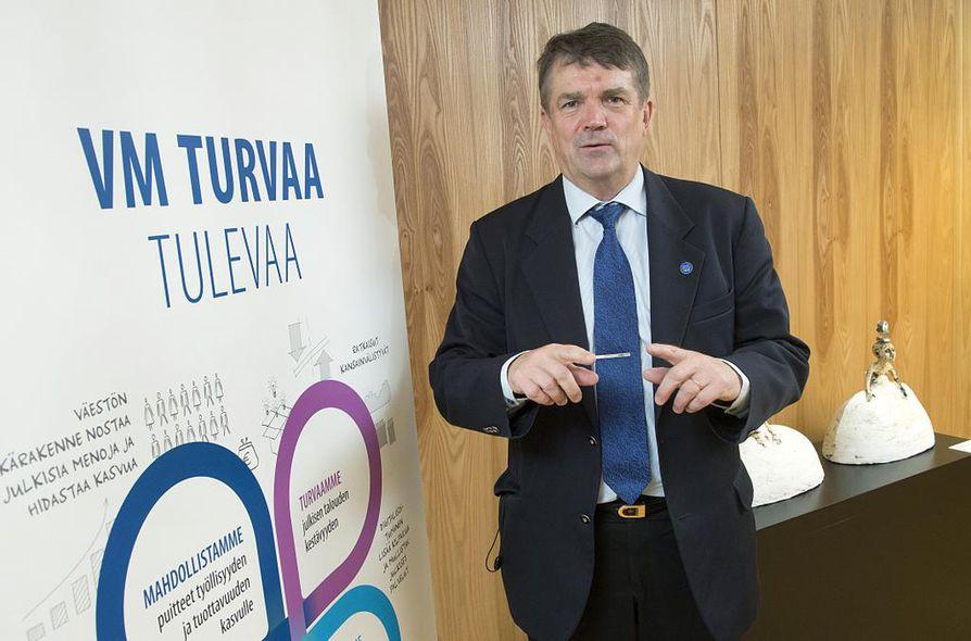 Valtiovarainministeriön määräaikaisena muutosjohtajana työskennellyt Pauli Harju palaa Pohjois-Pohjanmaan maakuntajohtajaksi.