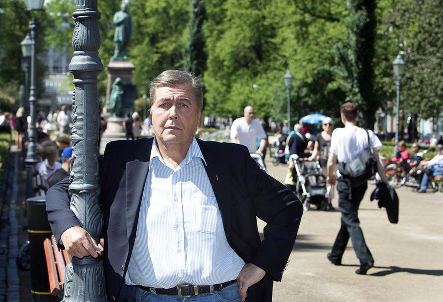 Heikki Kähärä työskenteli Oulun matkailujohtajana vuosina 1988–1996.