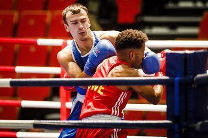 Arslan Khataev hakee Ruskaturnauksesta ottelutuntumaa Serbian MM-kisoihin – avauspäivänä lohkesi voitto ruotsalaisesta Nebil Ibrahimista