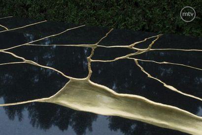 Tältä näyttää presidentti Koiviston hautamuistomerkki