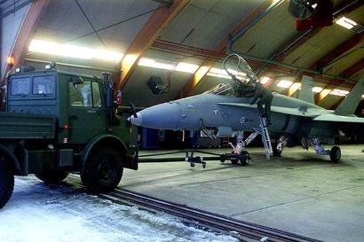 Hornetit jylisevät Rovaniemellä miltei yöhön saakka kahdeksana iltana