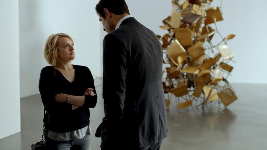 The Square -elokuva pilkkaa satiirin keinoin taidemaailmaa. Annen roolissa on Elisabeth Moss ja museonjohtaja Christian on Claes Bang. Perjantaina katsottavissa oleva The Square on tämän kahdeksannen elokuvafestivaalin avainteos.