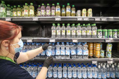 """Kysyimme, uhkaako kivennäisvedet loppua kauppojen hyllyiltä? –""""Juomissa on ollut jo pidempään nähtävissä hyvinvointitrendi"""""""