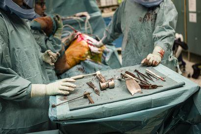 OYSin jono ortopedisiin leikkauksiin piteni taas–Ilmanvaihtoremontti voi hidastaa leikkausvauhtia ensi syksynä