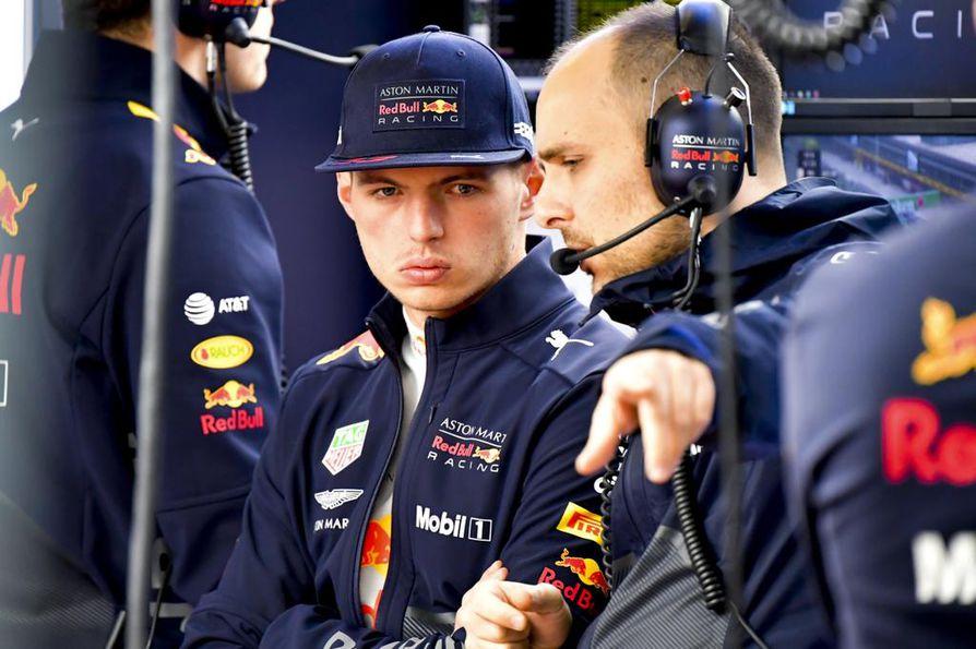 Max Verstappen on 20-vuotias ja hän ajaa Formula ykkösissä neljättä kauttaan.
