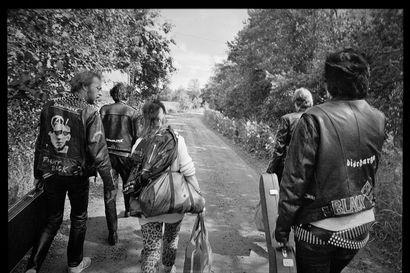 Terveet Kädet valokuvaaja Heikki Kemppaisen linssin läpi – kuvat omaleimaisesta punkbändistä 1980-luvulta esillä Torniossa
