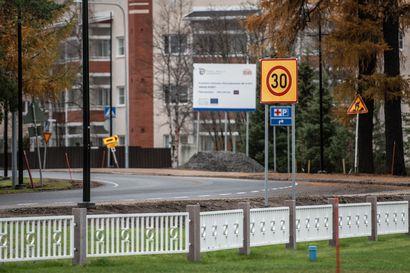 Vastaa kyselyyn: Mitä mieltä 30 km/h nopeusrajoituksesta Kuusamon keskustassa?
