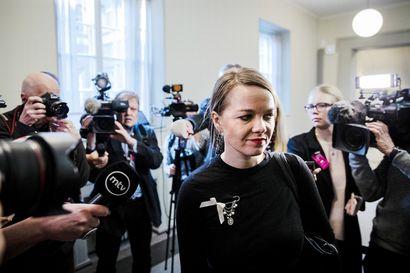 Pääkirjoitus: Valtiovarainministeriksi siirtyvän Kulmunin on saatava lisää jämäkkyyttä otteisiinsa, jotta hän ei jää Marinin varjoon