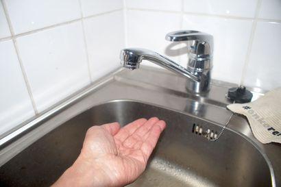 """Juomavesi on keitettävä edelleen osissa Rovaniemeä – """"En lähde arvioimaan, kuinka kauan juomavettä joudutaan keittämään"""""""
