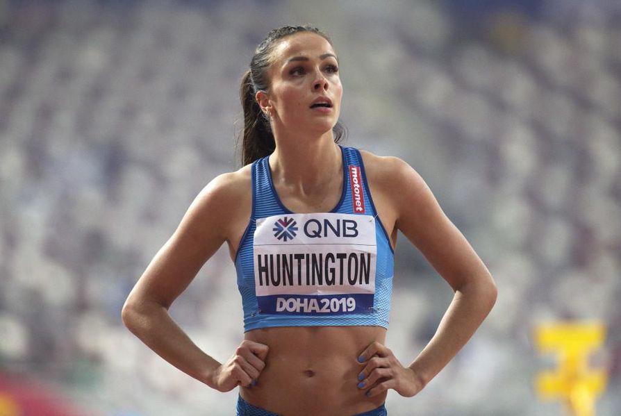 Maria Huntington joutui jättämään seitsenottelun kesken sairastumisen vuoksi.